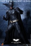 Hot Toys - The Dark Knight Rises - 1-4th-Scale Batman Collectible Figure 005