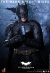 Hot Toys - The Dark Knight Rises - 1-4th-Scale Batman Collectible Figure 006