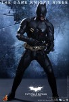Hot Toys - The Dark Knight Rises - 1-4th-Scale Batman Collectible Figure 008