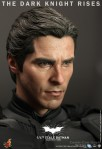 Hot Toys - The Dark Knight Rises - 1-4th-Scale Batman Collectible Figure 013