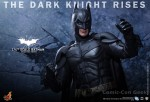 Hot Toys - The Dark Knight Rises - 1-4th-Scale Batman Collectible Figure 016