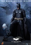 Hot Toys - The Dark Knight Rises - 1-4th-Scale Batman Collectible Figure 018