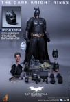 Hot Toys - The Dark Knight Rises - 1-4th-Scale Batman Collectible Figure 020