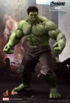 The Avengers - 1-6th-Scale Hulk Limited Edition Collectible Figurine - Marvel One-Sixth-Scale Figure 001