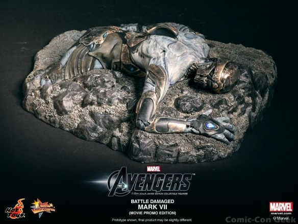Hot Toys - The Avengers - Battle Damaged Iron Man Mark VII Limited Edition Collectible Figurine - Movie Promo Edition 009