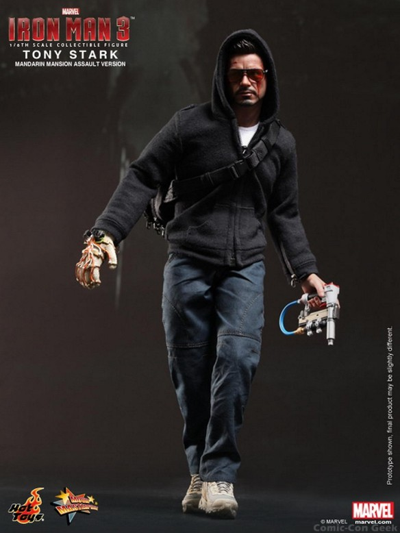 Hot Toys - Iron Man 3 - Tony Stark (Mandarin Mansion Assault Version) Collectible Figurine 004